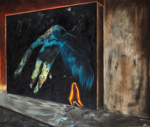 der schmallippige Vogel des Todes davor eine Frau in ihrer Schutzaura